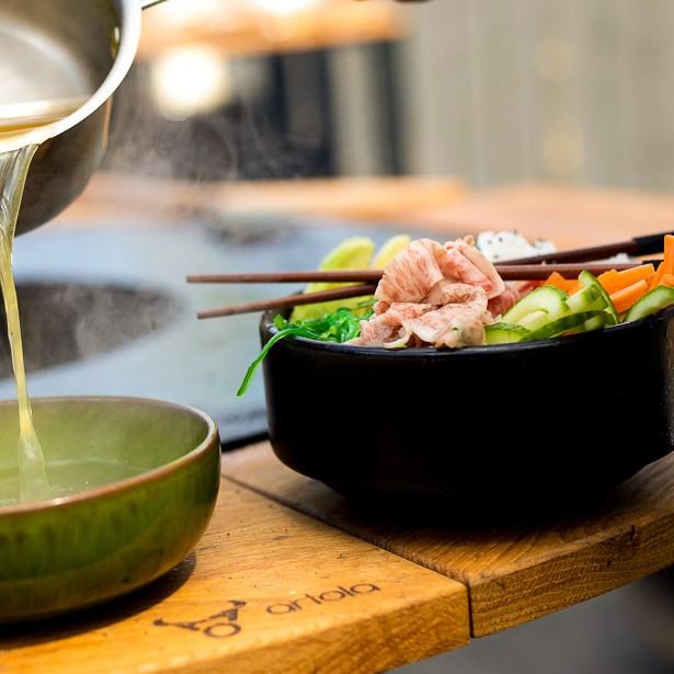 Pokebowl met Wagyu shabu shabu